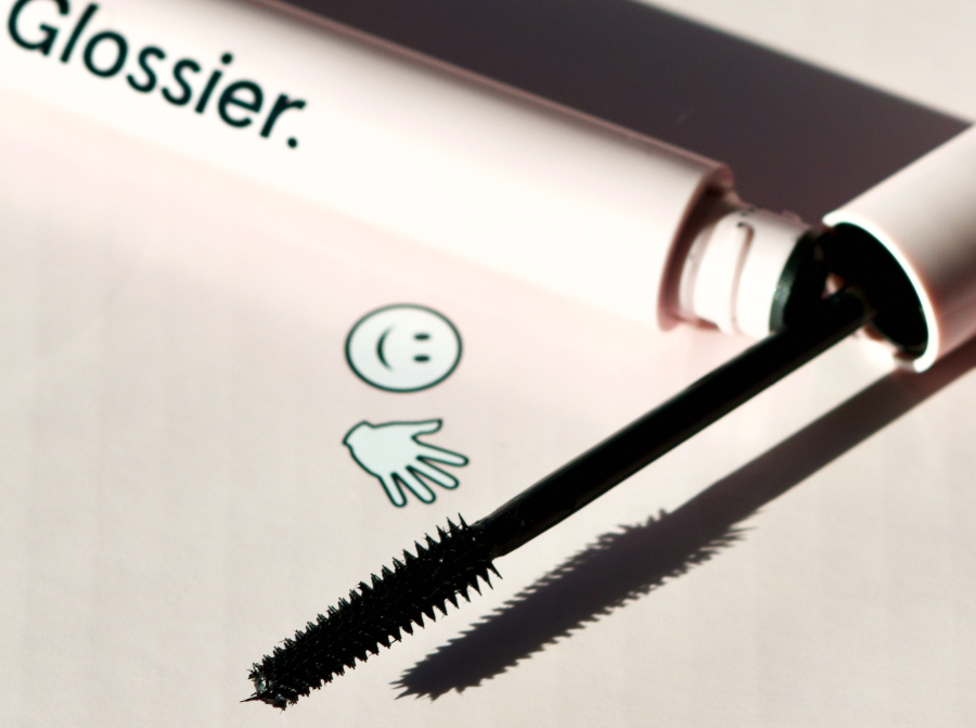 Glossier Lash Slick Mascara: Review and Close-Up Photos